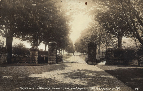 Jennings back entrance, 1915