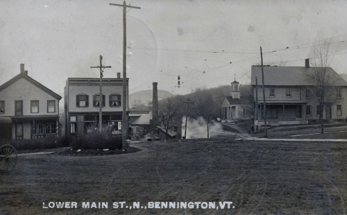 South from street in front of market, 1911.