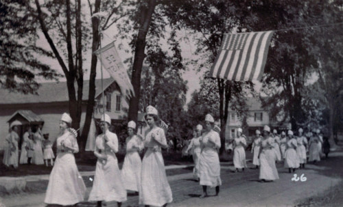 EZ Waist marchers, c1910.