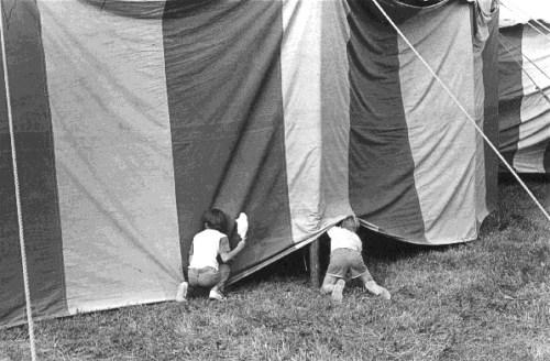 Sneaking in, 1977.